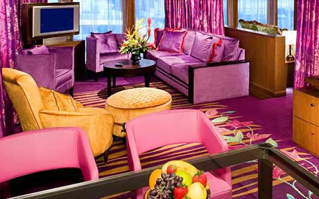 Norwegian Pearl Suite